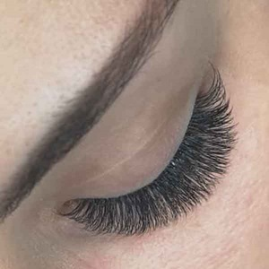 Wimpernmodellage Hollywoodlashes München
